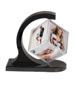 Рамка за снимки малък куб2